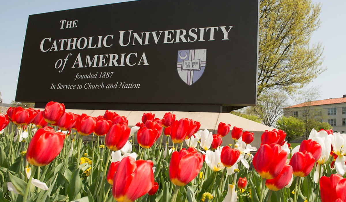 CUA sign with tulips